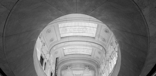 Niccolò Biddau, Stazione Centrale di Milano, 2008, Courtesy of 29 ARTS IN PROGRESS gallery