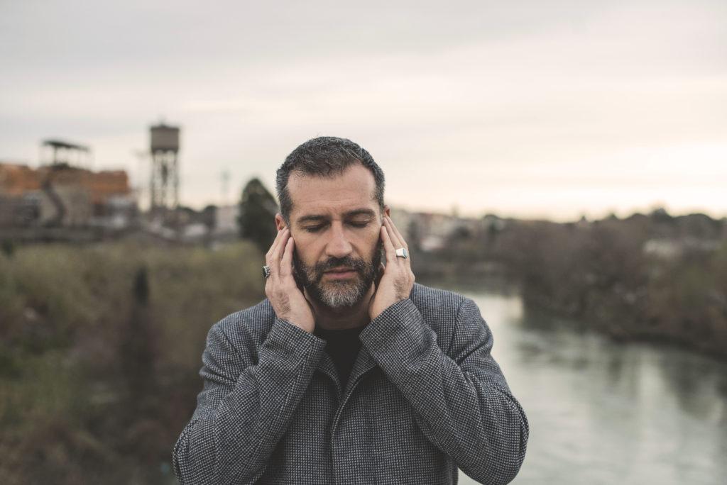 Claudio Enrico Paolo Baglioni (Roma, ) è un cantautore, musicista e.