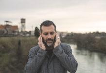 Il cantautore Matteo Sacco
